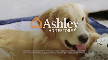 Ashley HomeStore Anniversary Sale TV Spot, '$1,000 Storewide' - Thumbnail 9
