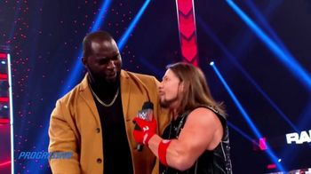 Progressive TV Spot, 'WWE: Bundle Together' - Thumbnail 10