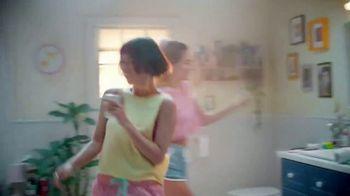 Kohler Moxie TV Spot, 'Remix Your Routine: Alexa Built-In' Song by Chérie - Thumbnail 4