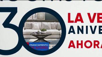 Rooms to Go Venta de 30 Aniversario TV Spot, 'Cindy Crawford Home Cuatro-Piezas Seccional' [Spanish] - Thumbnail 6