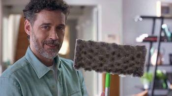 Swiffer TV Spot, 'Rose & Luke's Cleaning Confession' - Thumbnail 10