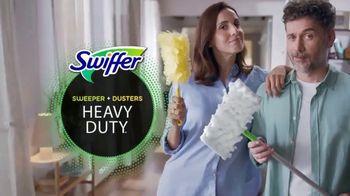 Swiffer TV Spot, 'Rose & Luke's Cleaning Confession' - Thumbnail 5