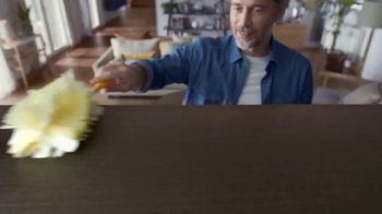 Swiffer TV Spot, 'Rose & Luke's Cleaning Confession' - Thumbnail 6