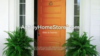 Ashley HomeStore Anniversary Sale TV Spot, 'Ends Monday: 25% Off and Special Financing' - Thumbnail 9