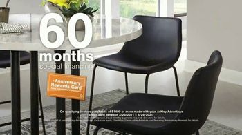 Ashley HomeStore Anniversary Sale TV Spot, 'Ends Monday: 25% Off and Special Financing' - Thumbnail 7