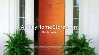 Ashley HomeStore Anniversary Mattress Sale TV Spot, '0% Interest and $300 Ashley Cash' - Thumbnail 9