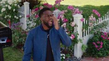Chase Freedom Unlimited TV Spot, 'Rita: Always Earning' Featuring Kevin Hart - Thumbnail 5