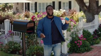 Chase Freedom Unlimited TV Spot, 'Kim: Always Earning' Featuring Kevin Hart - Thumbnail 1