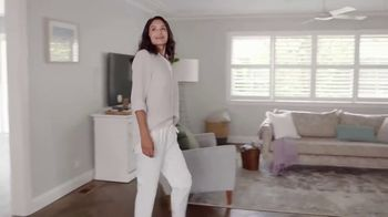 Air Wick Scented Oils TV Spot, 'More Control' - Thumbnail 3