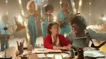 Amazon Echo TV Spot, 'Dance With the Boogie' Song by Heatwave - Thumbnail 8