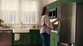 The Home Depot Labor Day Savings TV Spot, 'Seasonal Savings: Satisfying Sounds' - Thumbnail 3