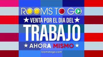 Rooms to Go Venta por el Dia del Trabajo TV Spot, 'Juegos de sofa' [Spanish] - Thumbnail 5