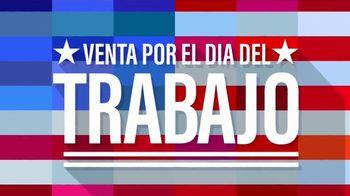 Rooms to Go Venta por el Dia del Trabajo TV Spot, 'Juegos de sofa' [Spanish] - Thumbnail 1