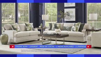 Rooms to Go Venta por el Dia del Trabajo TV Spot, 'Juegos de sofa' [Spanish] - Thumbnail 3