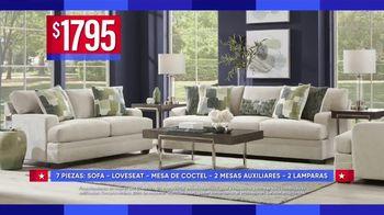 Rooms to Go Venta por el Dia del Trabajo TV Spot, 'Juegos de sofa' [Spanish] - Thumbnail 4