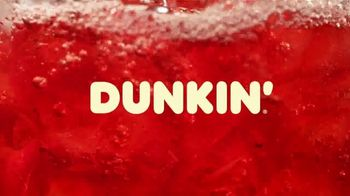 Apple Cranberry Dunkin' Refreshers TV Spot, 'Fall Into Flavorful' - Thumbnail 1