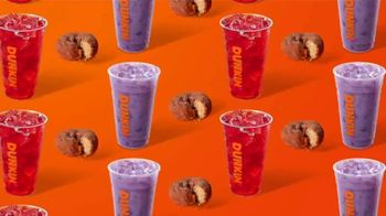 Apple Cranberry Dunkin' Refreshers TV Spot, 'Fall Into Flavorful' - Thumbnail 6