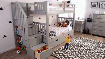 Bob's Discount Furniture 30th Anniversary TV Spot, 'Legos y cama Keystone' [Spanish] - Thumbnail 5
