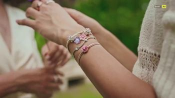 Pandora TV Spot, 'Step Into Spring With Nature-Inspired Charms' Song by Mina - Thumbnail 3