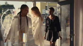 H&M TV Spot, 'Making Conscious Choices Easier' Song by Niki & The Dove - Thumbnail 5