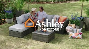 Ashley HomeStore Memorial Day Early Access Sale TV Spot, 'Buy One, Get One Half Off, Accent Chair' - Thumbnail 1
