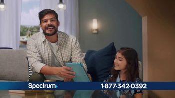 Spectrum Mi Plan Latino TV Spot, 'Todo lo que tu familia necesita: $69.98' con Gaby Espino [Spanish] - Thumbnail 2