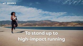 Brooks Running Drive Run Bras TV Spot, 'High-Impact Running' - Thumbnail 4