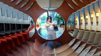 Macy's TV Spot, 'Make Your Summer Style Pop' - Thumbnail 4