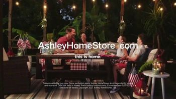 Ashley HomeStore Memorial Day Sale TV Spot, 'Up to 30% Off or No Interest' - Thumbnail 7