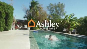 Ashley HomeStore Memorial Day Sale TV Spot, 'Up to 30% Off or No Interest' - Thumbnail 2