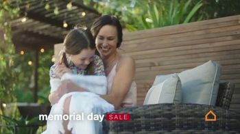 Ashley HomeStore Memorial Day Sale TV Spot, 'Up to 30% Off or No Interest' - Thumbnail 4