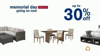 Ashley HomeStore Memorial Day Sale TV Spot, 'Up to 30% Off or No Interest' - Thumbnail 5