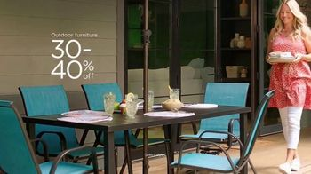 Kohl's TV Spot, 'Dive in to Summer: Outdoor Furniture, Games and Grilling' Song by Oh, Hush! - Thumbnail 3