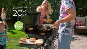 Kohl's TV Spot, 'Dive in to Summer: Outdoor Furniture, Games and Grilling' Song by Oh, Hush! - Thumbnail 6