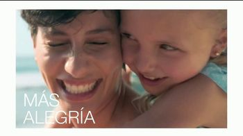 Neutrogena Beach Defense TV Spot, 'Más protección. Más sol.' [Spanish] - Thumbnail 3
