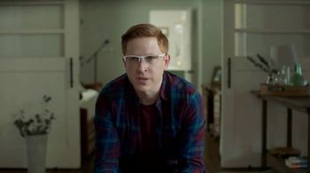 Google Pixel TV Spot, 'The Crash That Called: Chris's True Pixel Story' - Thumbnail 10