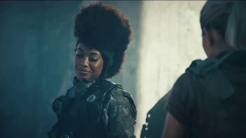 PlayStation Plus TV Spot, 'Best Of' Song by The 5.6.7.8's - Thumbnail 9
