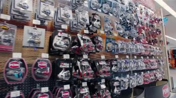 Academy Sports + Outdoors TV Spot, 'Father's Day: Footwear, Fishing Rods and Grills' - Thumbnail 5