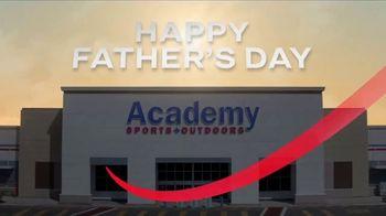 Academy Sports + Outdoors TV Spot, 'Father's Day: calzado, cañas de pescar y asadores' [Spanish] - Thumbnail 1