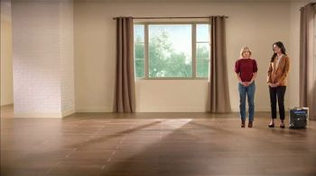 La-Z-Boy 4 Day Sale TV Spot, 'Magic' Featuring Kristen Bell - Thumbnail 1
