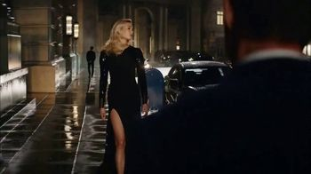 Carolina Herrera Bad Boy TV Spot, 'Lightning' Featuring Karlie Kloss, Ed Skrein, Song by Chris Isaak - Thumbnail 4