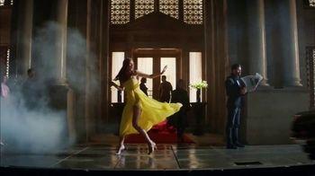 Carolina Herrera Bad Boy TV Spot, 'Lightning' Featuring Karlie Kloss, Ed Skrein, Song by Chris Isaak - Thumbnail 8