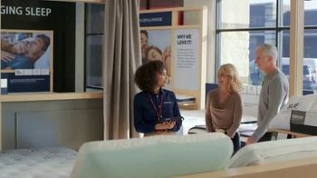Mattress Firm TV Spot, 'King for a Queen, Free Adjustable Base on Sealy'
