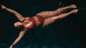 H&M TV Spot, 'Paloma Elsesser's Summer in H&M Swimwear' Feat. Bintou Sillah, Nouri Hassan, Song by Fousheé - Thumbnail 9