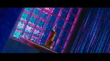 Dewar's TV Spot, 'Changing Times' Song by Jarreau Vandal - Thumbnail 5