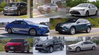 Toyota TV Spot, 'Hybrid Balance' [T2] - Thumbnail 6