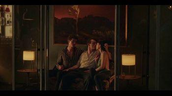HBO Max TV Spot, 'Gossip Girl' Song by Frank Ocean Feat. Earl Sweatshirt - Thumbnail 4