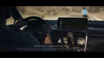 2021 Lexus RX TV Spot, 'Fearless Leader' [T2] - Thumbnail 3