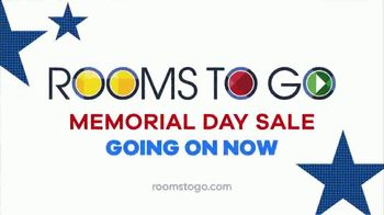 Rooms to Go  Memorial Day Sale TV Spot, 'Save Big on Cozy Living Rooms: $999' - Thumbnail 10