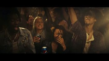 Pepsi TV Spot, 'The Mess We Miss' Song by Andrea McArdle - Thumbnail 6